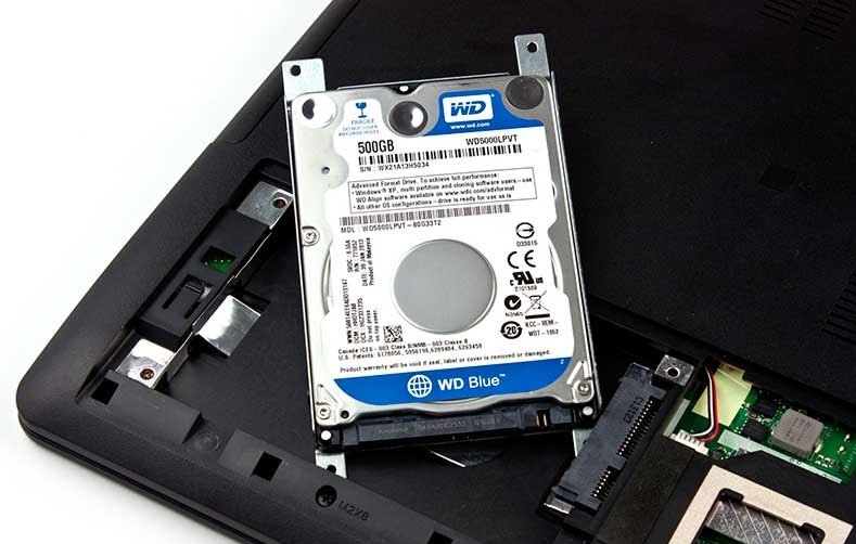 Замена жёсткого диска на ноутбуке своими руками 8