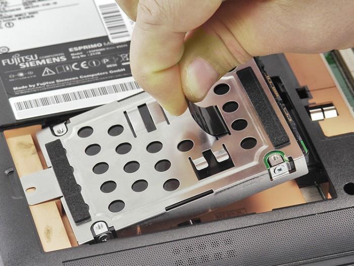 Замена жёсткого диска на ноутбуке своими руками 27